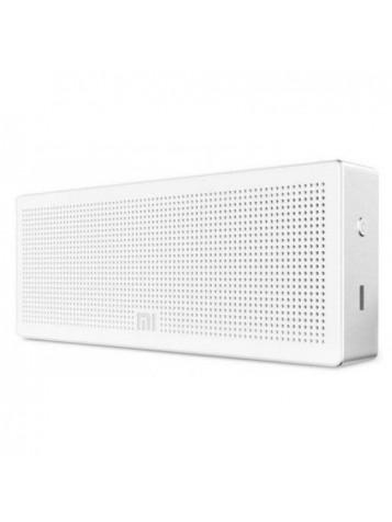Loudspeaker cube White